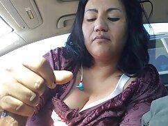 Doctor en bata de baño revisa con la mano el coño y el ojete de un paciente videos caseros maduras mexicanas de 40 años
