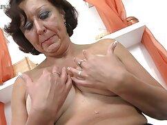 Un negro tatuado trajo a una mujer joven y sexy a viejas espanolas follando la casa y la folló con una gran polla