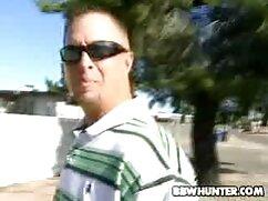 Un hombre barrigón se folla a videos pornos veteranas una madre con grandes bollos en el agujero anal