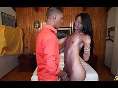 Stripper rechoncho muestra maduras peludas x culo grande