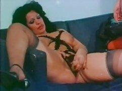 Vecino copula con morena en videos maduras gratis xxx sexo anal en un sofá blanco