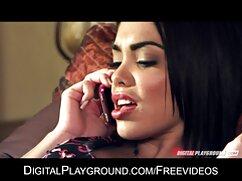 Hakhal videos de maduras bien buenas peina a una joven morena en el dormitorio